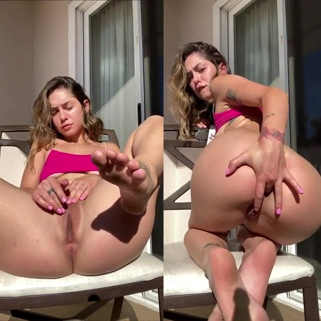 Nackt  Riley Summers Riley summers