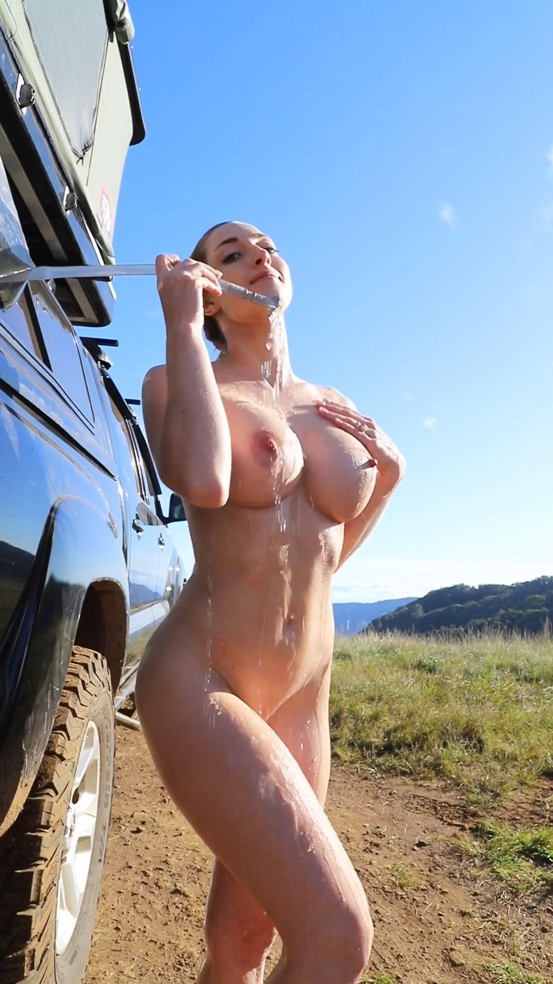 Abby Opel Naked Outdoor Shower Onlyfans Video Leaked