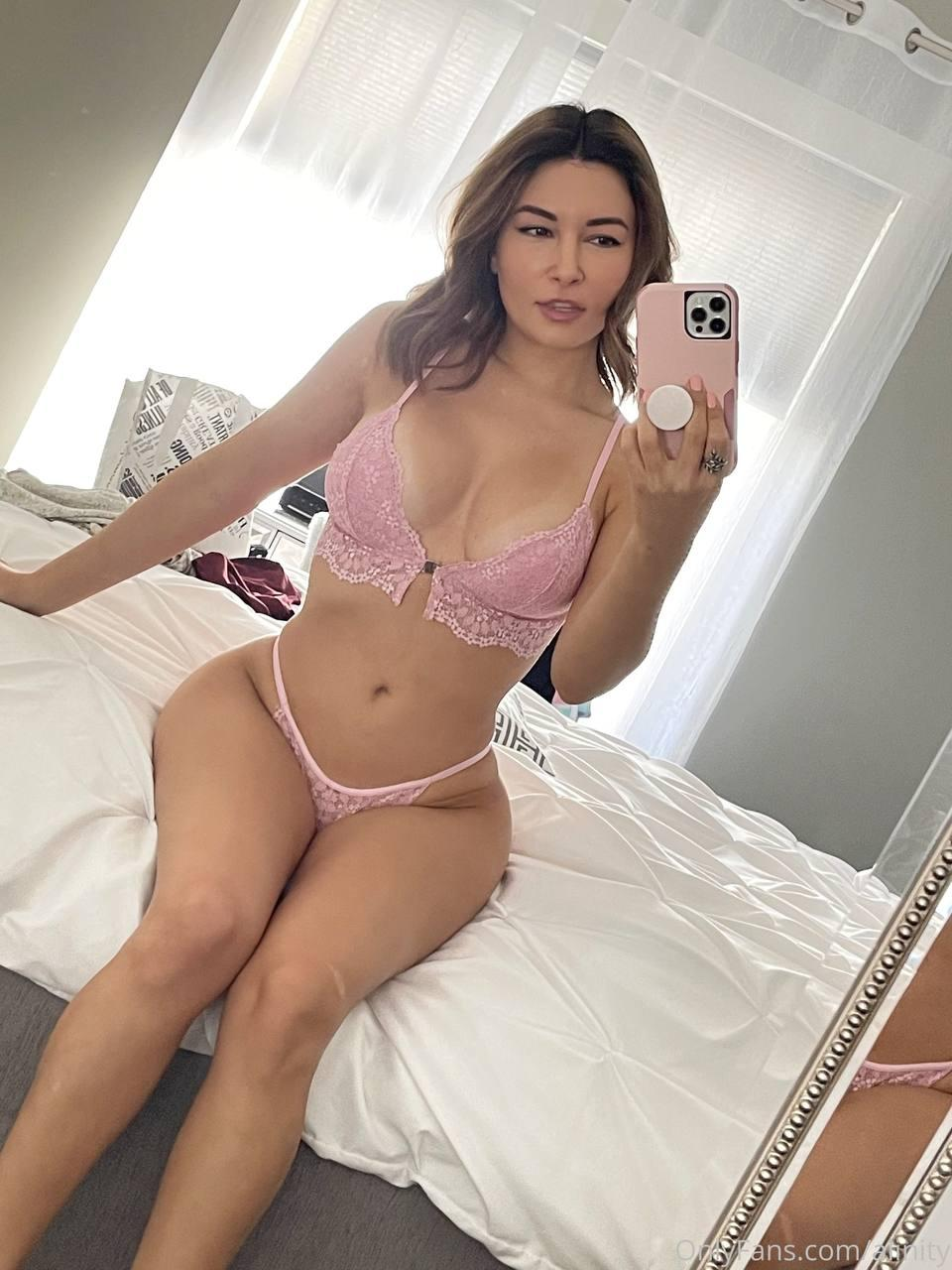 Alinity Sexy Lingerie Strip Onlyfans Video Leaked