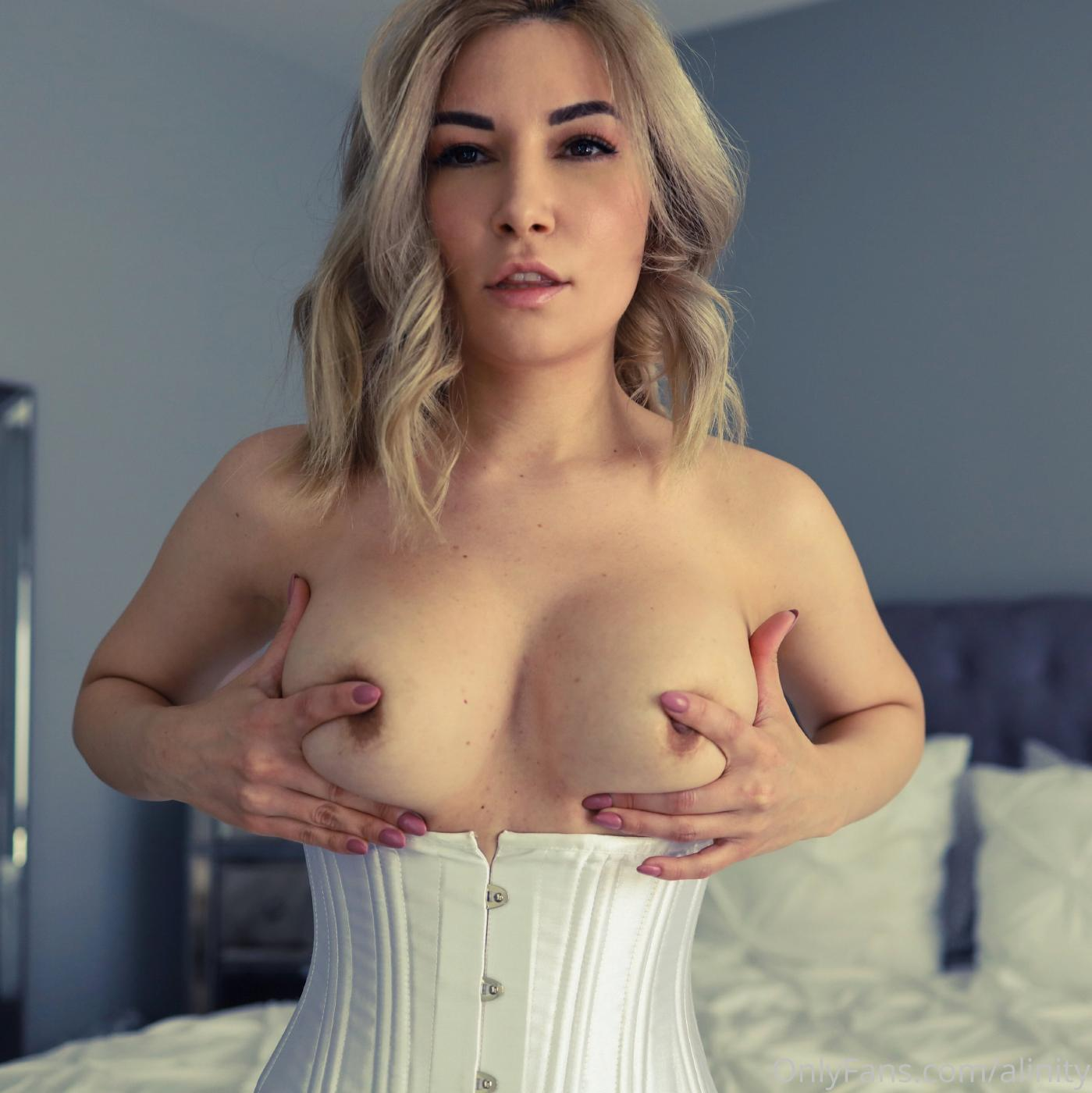 Alinity Topless Corset Onlyfans Set Leaked