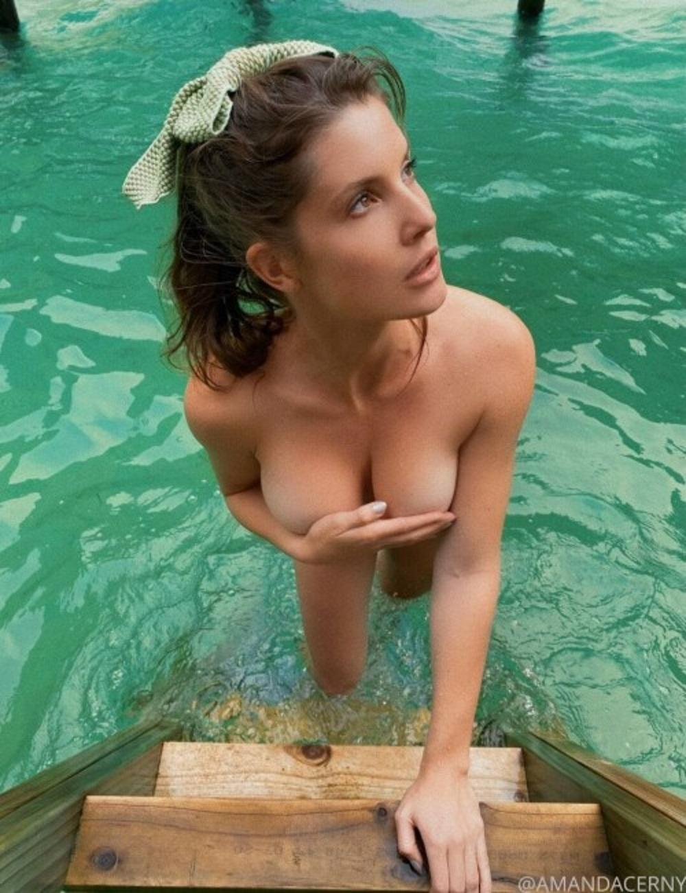 Cerny nude pic amanda BAM. Hottie
