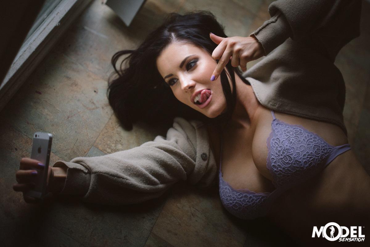 Erin Olash August Lingerie Photoshoot Leaked 17