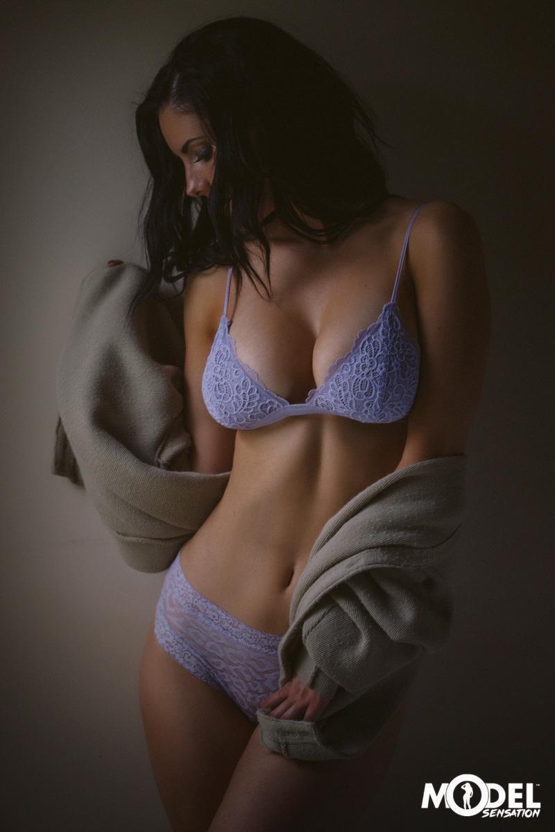 Erin Olash August Lingerie Photoshoot Leaked 7