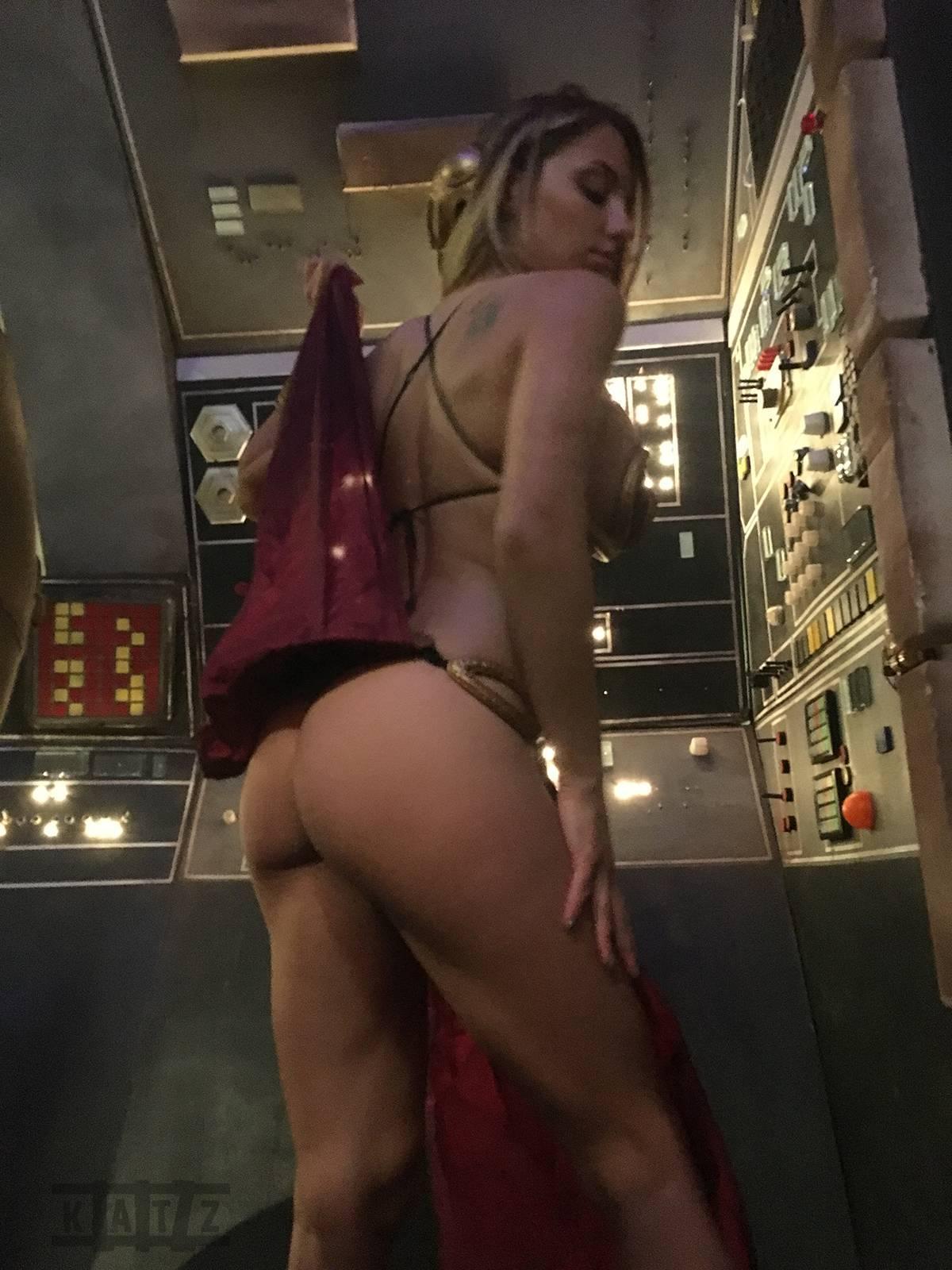 Liz Katz Slave Leia Nude Cosplay Onlyfans Leaked Photos 24
