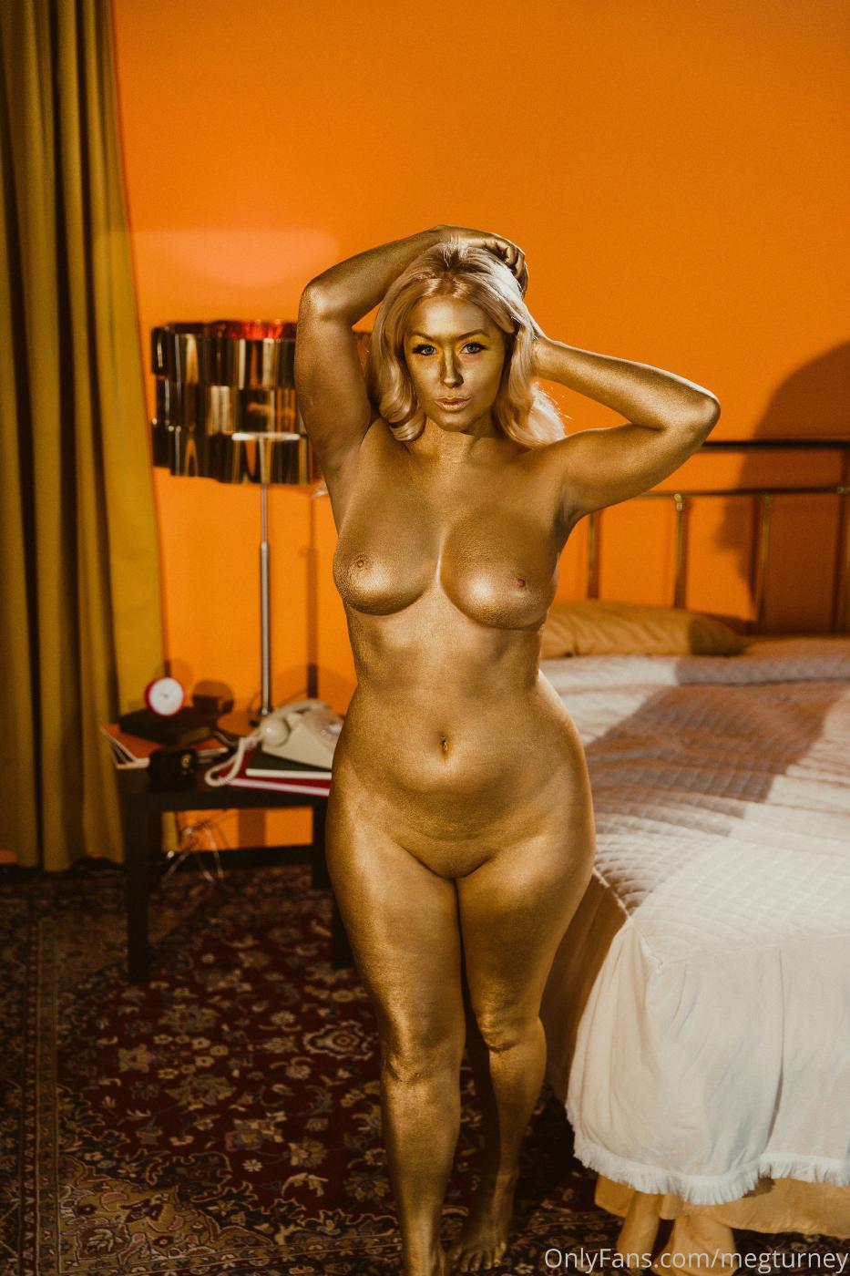 Meg Turney Nude Goldfinger Costume Onlyfans Video Leaked