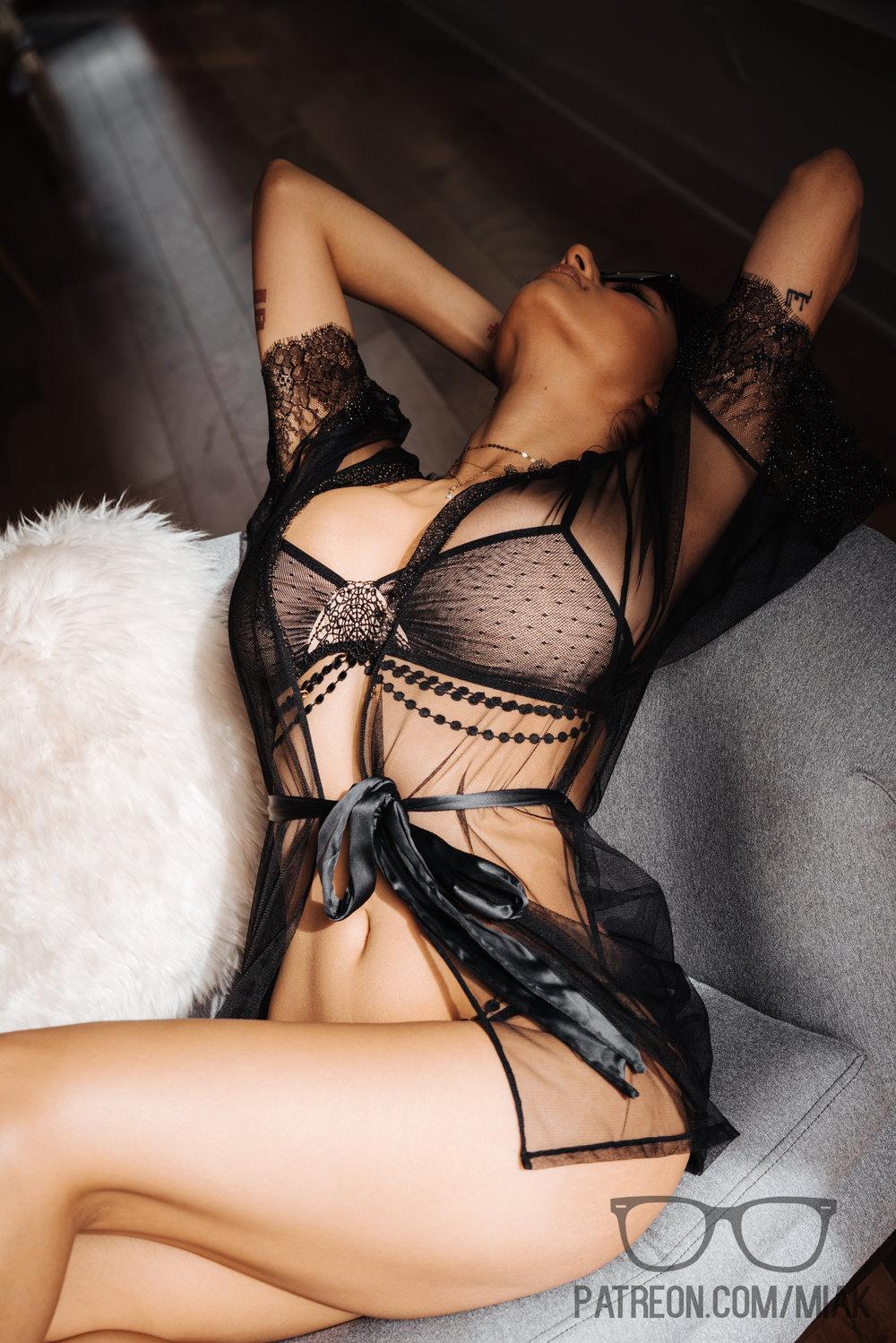 Mia Khalifa Black Lingerie Stiletto Heels Photoshoot Leaked