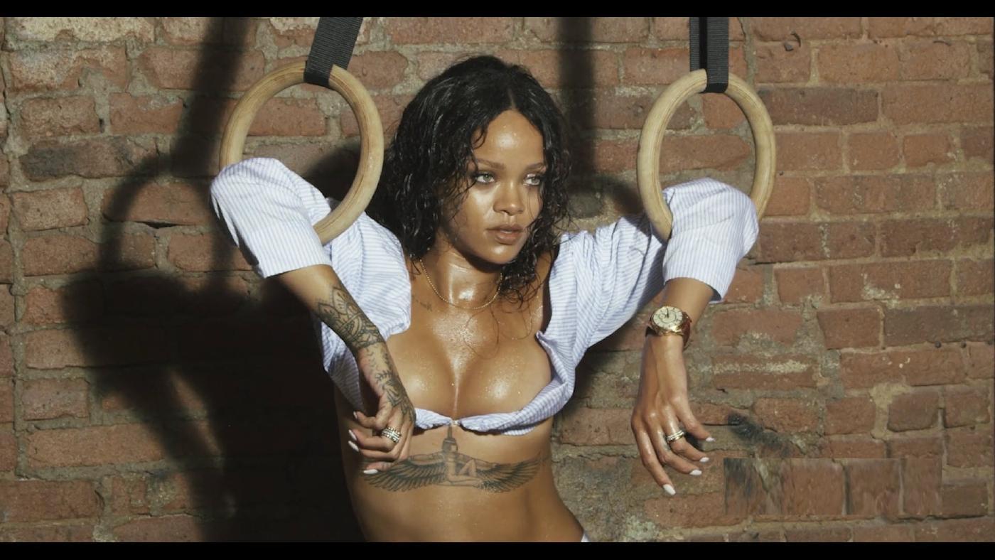 Rihanna Naked Beach Photoshoot Set Leaked